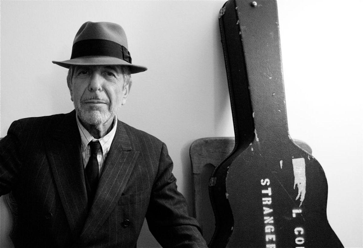 Leonard Cohen,el nieto de un rabino y el hijo de una guitarraespañola.