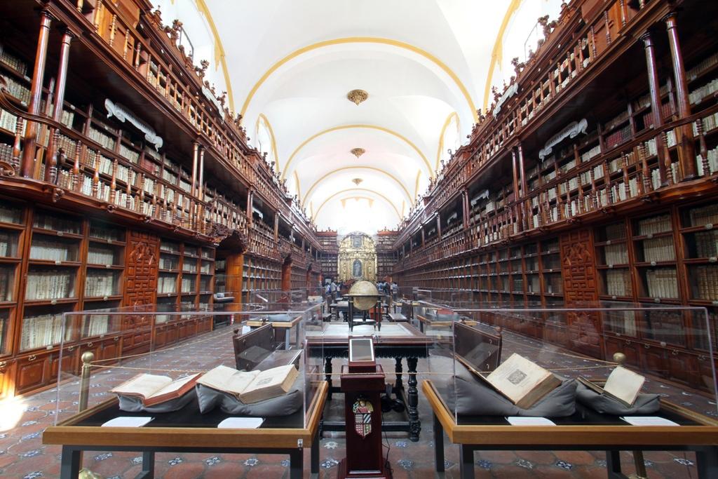 El hebreo en la BibliotecaPalafoxiana